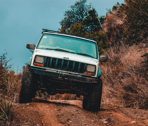 4x4 jeep mountain